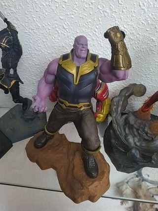 Figura Thanos 24cm