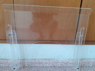 plexiglás de protección con ventanilla