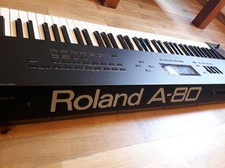 Roland A80 piano 88 teclas contrapesadas