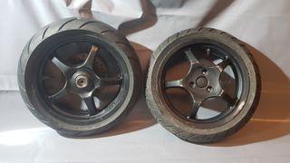 Las 2 ruedas Yamaha Aerox 50cc