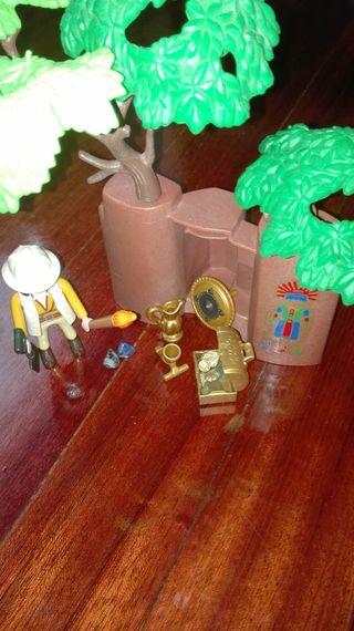 exploradora arqueóloga playmobil