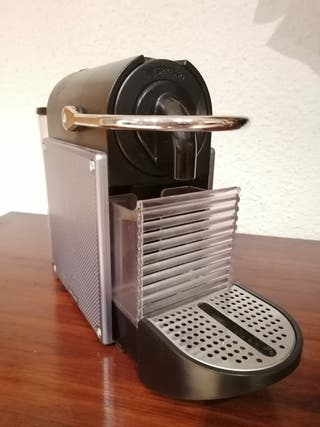 Cafetera nespresso DeLonghi Pixie