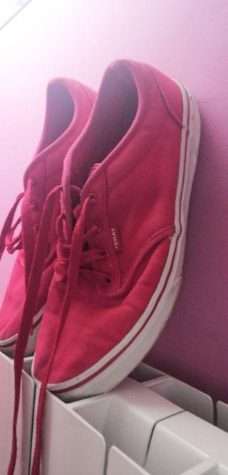 Zapatillas Rojas Vans N39