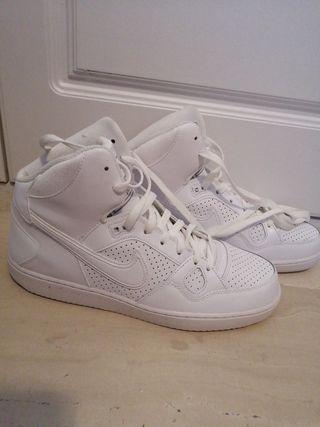 Zapatillas Nike blancas Force sin usar