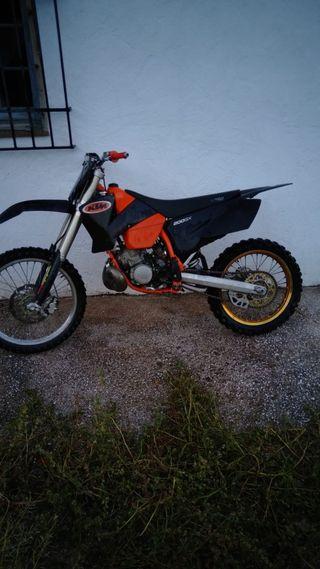 Moto ktm ex 200
