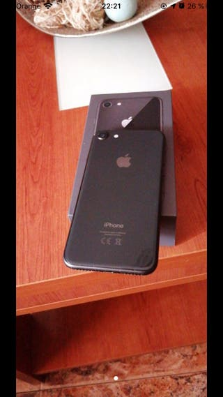 iphone 8 64GB URGENTE