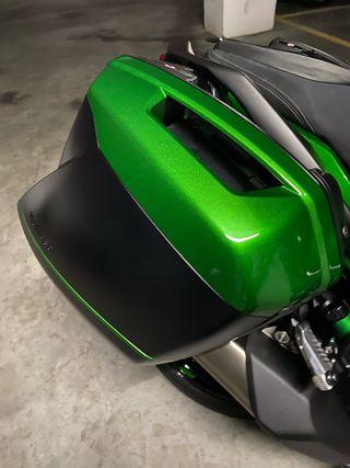 Maletas Kawasaki originales nuevas.