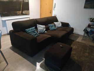 Sofá 4 plazas eléctrico + puf de conjunto