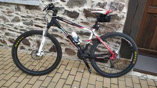 Vendo bicicleta MTB Monty KY40