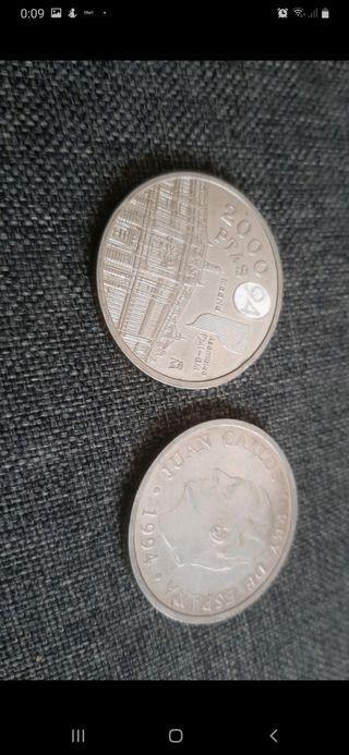 2 monedas de plata de 2000 ptas