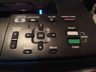 Impresora/escaner Brother DCP- J135