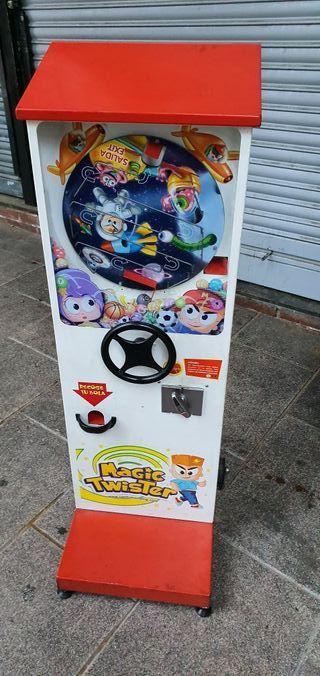 deja wasap máquina para vender bolitas a 1 euro