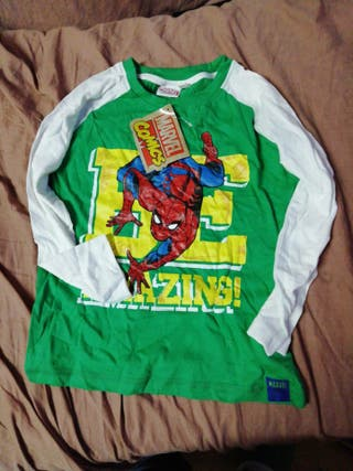 camiseta Spiderman nueva 4-5