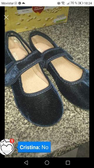 zapatillas niña 32 nuevas