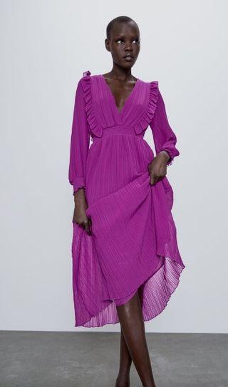 Vestido plisado morado