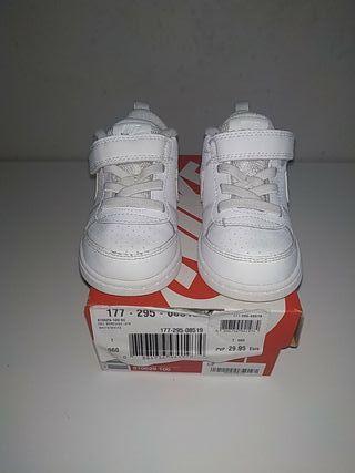 playeros,zapatillas, Nike court bebé, niño