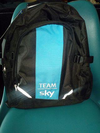 mochila team sky
