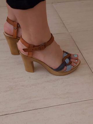 sandalias piel