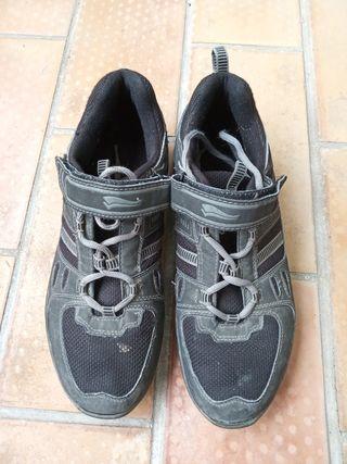 botas zapatillas n. 41 bicicleta de montaña