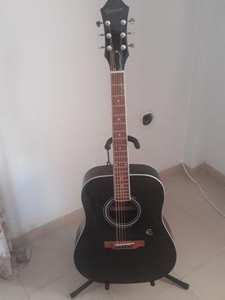 guitara acustica Epiphone DR100 2 meses