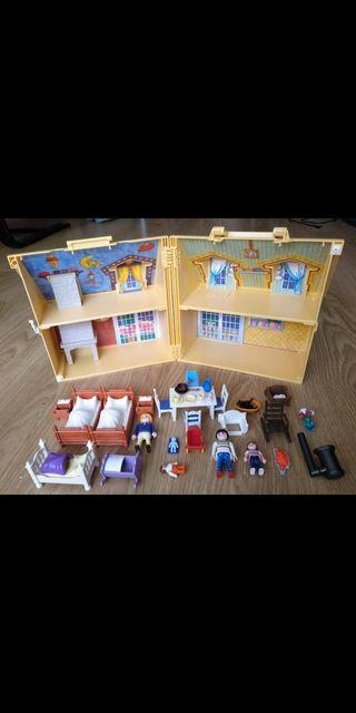 Casa-maletín Playmobil