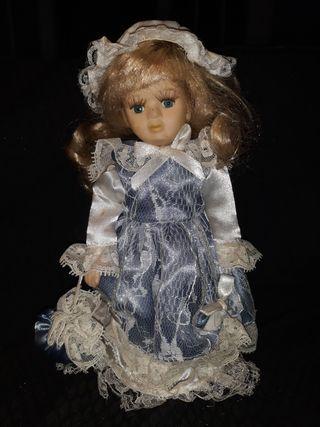 Bonita muñeca de Porcelana