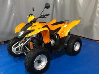 Quad Goes 220. ATV