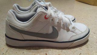 """Zapatillas Nike """"35'5"""""""