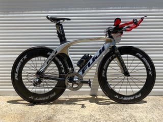 Bicicleta fuji d6 triatlon carretera