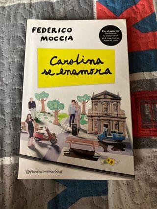 Libro Carolina se enamora de Federico Moccia