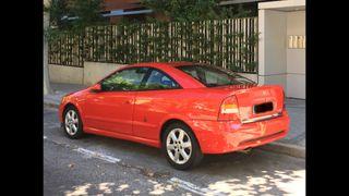 Opel Astra Coupe 2.2 16v Bertone 2002