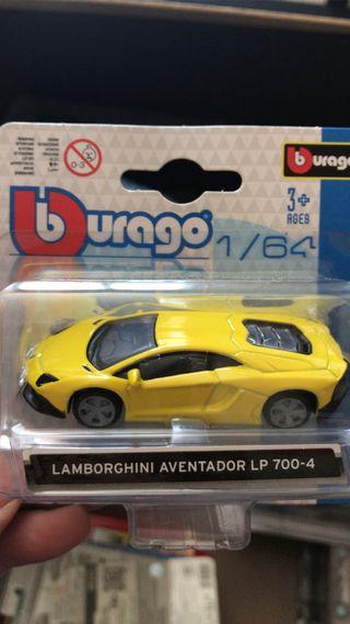 Lamborghini Aventador 1/64 Bburago
