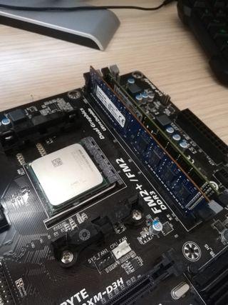 Placa base Gigabyte AMD FM2