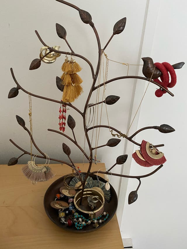 Jewelry tree holder / organizer
