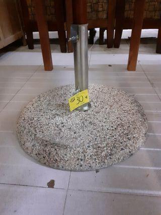 Base de piedra para parasol