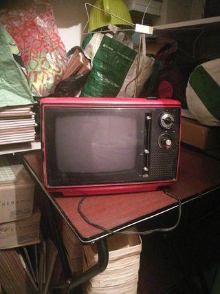 TV PORTATIL VINTAGE