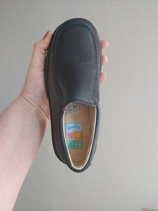 zapatos sin estrenar numero 31