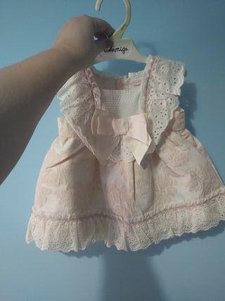 vestido talla nueve mese niña sin estrenar
