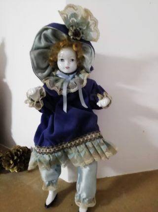 Muñeca de porcelana de epoca vintage