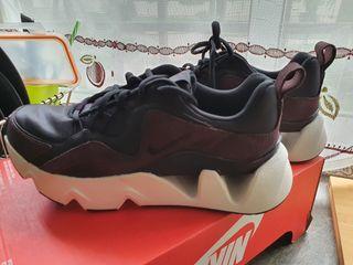 Nike WMNS Nike RYZ 365