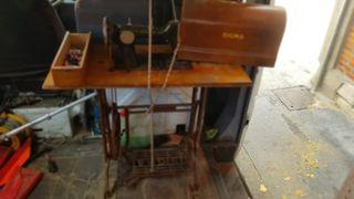 maquina de coser antigua funciona