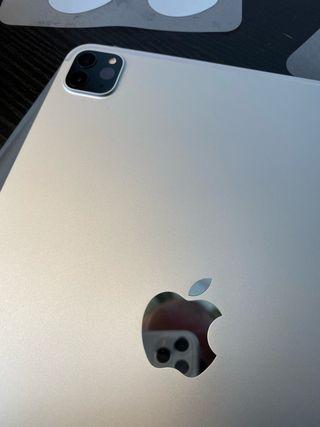 """iPad Pro 11"""" 2020 1Tb wifi + cellular a estrenar"""