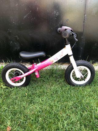 Bicicleta para niña sin pedales