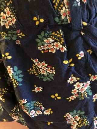 Pantalones cortos flores