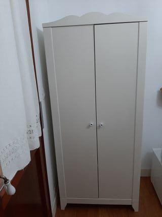 Armario Ikea blanco bebé o niño