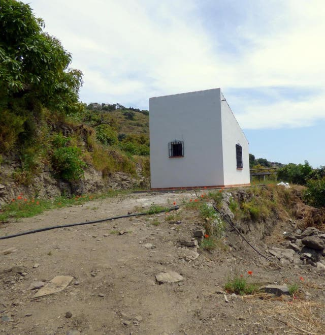 HI1403 APERO CERCA DE TORROX PUEBLO PARCELA 400 m (Torrox, Málaga)