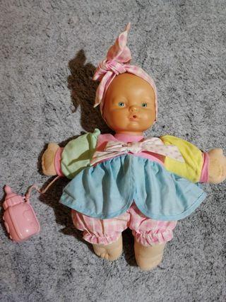 Muñeca biberón