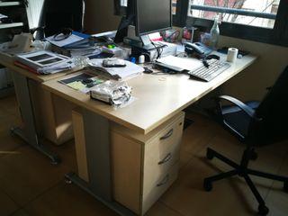 Mesa de oficina de calidad 160x80 con buck