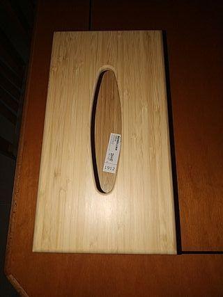 Caja de madera para tisues