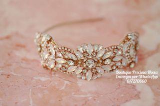 Tiara de novia en oro rosa tocado diadema invitada